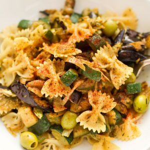 Pasta-with-aubergine-and-courgettes_pt