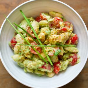 Avocado-Dip-with-Butter-Beans-&-Baby-Tomatoes_2_pt