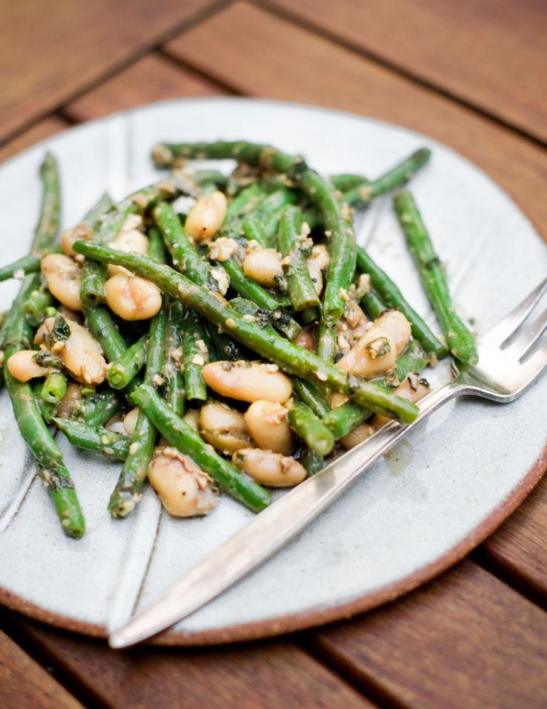 runner-beans-canelllini-beans-in-mint-walnut-miso-pesto_pt