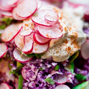 pink-raw-tabouleh-with-creme-fresh_closeup_pt