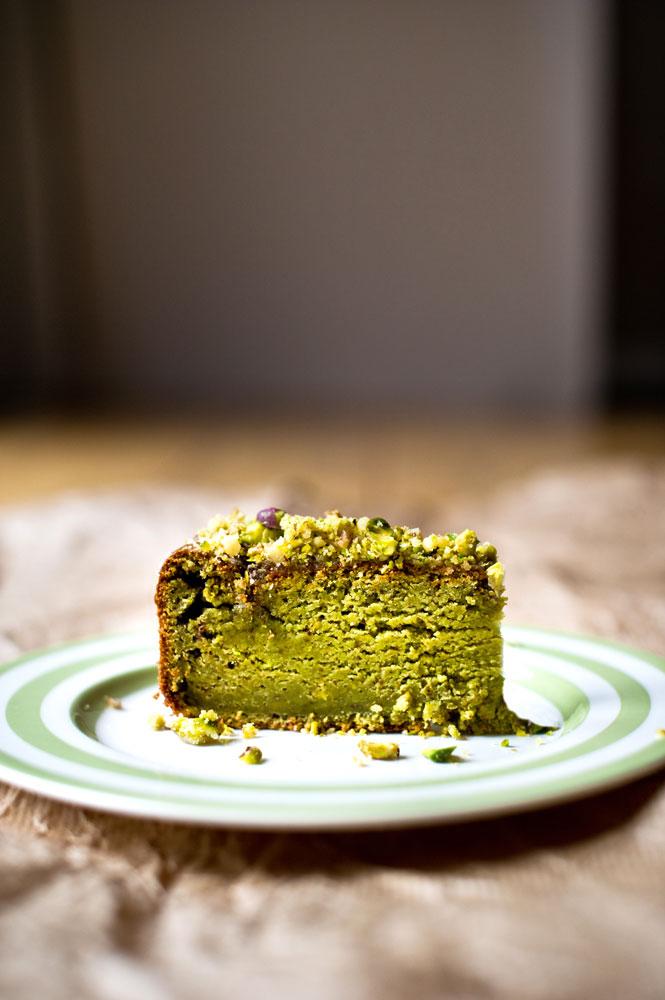 Spinach-&-Pistachio-Cake_pt